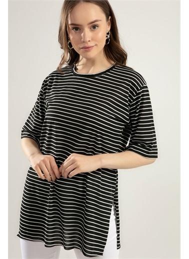 Pattaya Pattaya Kadın Çizgili Yırtmaçlı Tişört Y20S110-0392 Renkli